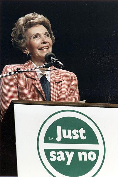 Photograph_of_Mrs._Reagan_speaking_at_a__Just_Say_No__Rally_in_Los_Angeles_-_NARA_-_198584 (1)